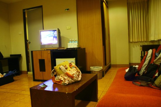Unico Express Hotel: the room