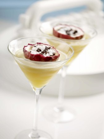 Halo Rooftop Lounge: A favourite - White Chocolate Passion Fruit Martini