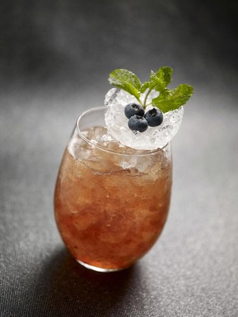Halo Rooftop Lounge: The icy cold Snow Queen Marmalade