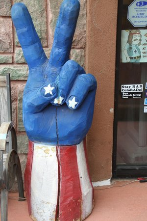Downtown Manitou Springs: The Manitou Springs vibe