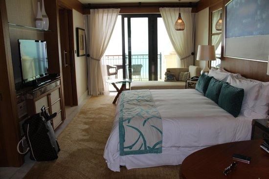 The St. Regis Saadiyat Island Resort: suite