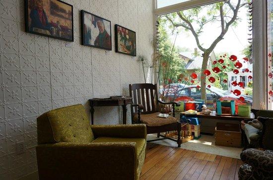 Tall Poppy Cafe: Interior 4