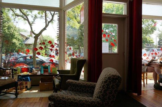 Tall Poppy Cafe: Interior 1