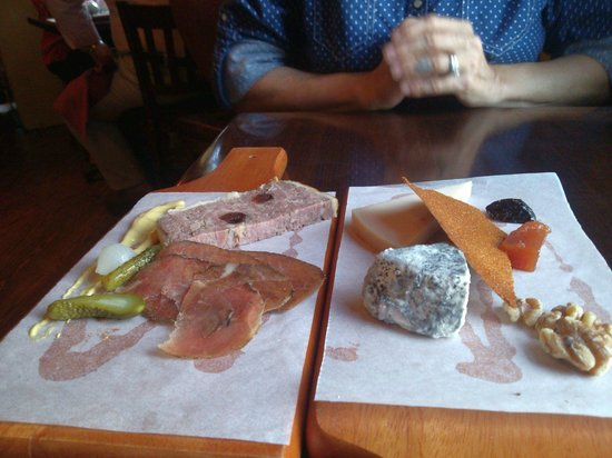 Bastille: cheese and meat app