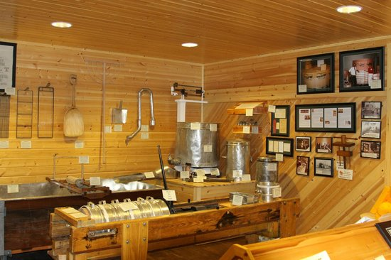 Henning's Wisconsin Cheese: The Museum