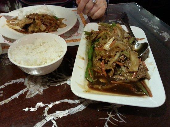 Peking Chinese Restaurant : Beef Chop Suey