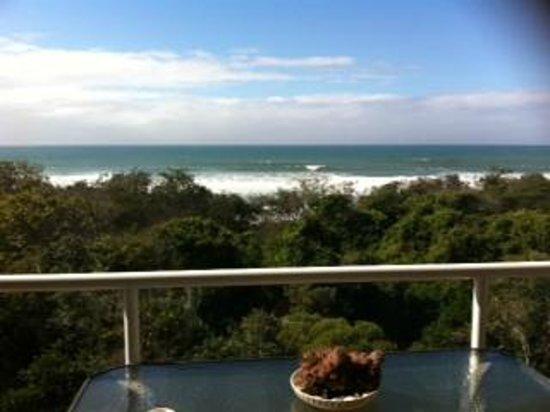 แอทแลนติส มาร์คูล่า: View on balcony