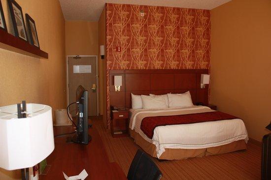 Courtyard Asheville: Room 1