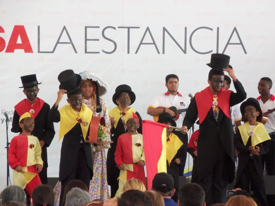 Hacienda Floresta: Baile San Pedro  de Guatire