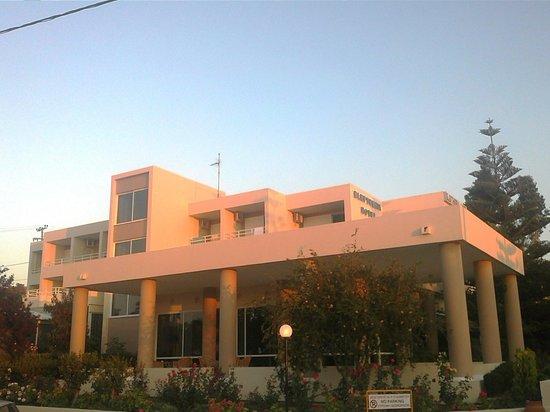 Hotel Eleftheria : ΕΙΣΟΔΟΣ