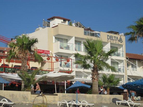 Delta Hotel: Vista Hotel desde la Playa