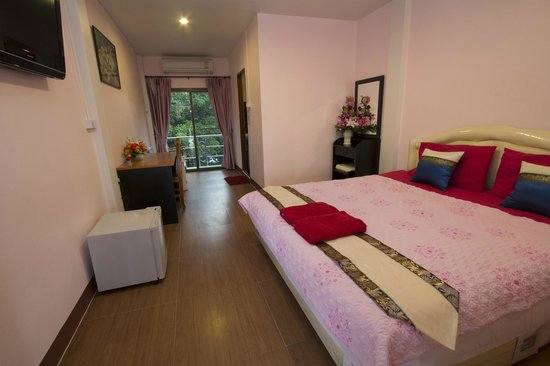 P.U. Inn Resort : Double Room with A/C, balcony in New building