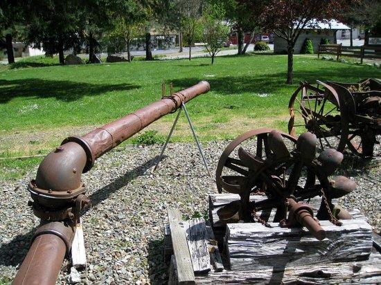 Willow Creek - China Flat Museum: China Flat Museum, antique farm tools