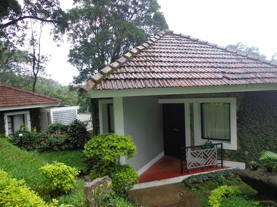 The Tall Trees Munnar: Cottage !!