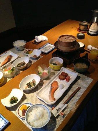 Tezuka Ryokan: 朝食