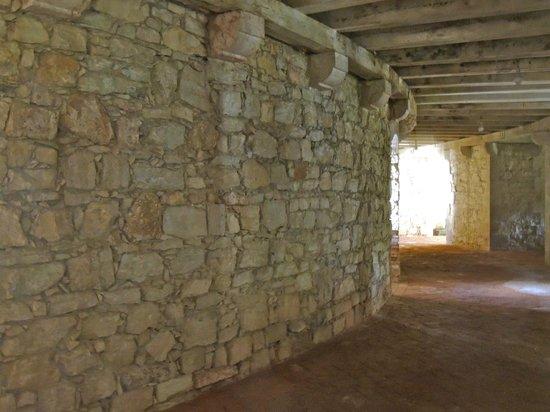 Forte Ardietti, Peschiera del Garda: Forte Ardietti: Groud floor corridor
