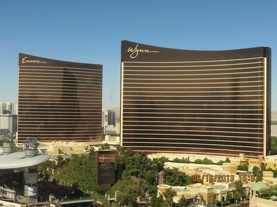 room face to Wynn and Encore hotel