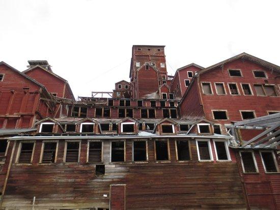 Currant Ridge : Kennicott Copper Mine