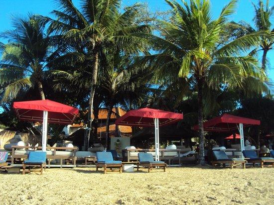 Prama Sanur Beach Bali: restuarant on beach