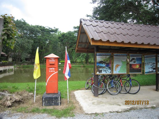 Doi Pha Hom Pok National Park: ポストと案内