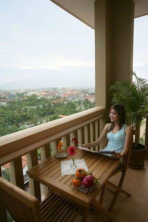 Royal Residence Phnom Penh: Balcony