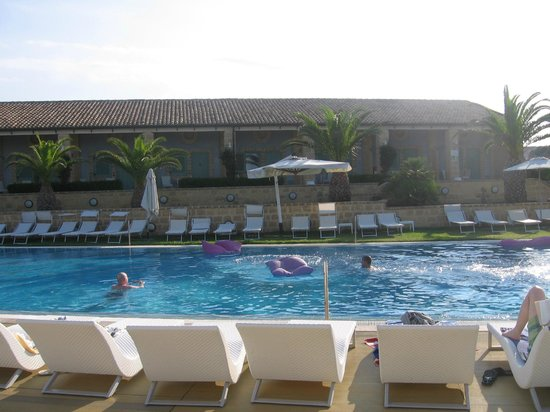 Hotel Venus Sea Garden: Piscina