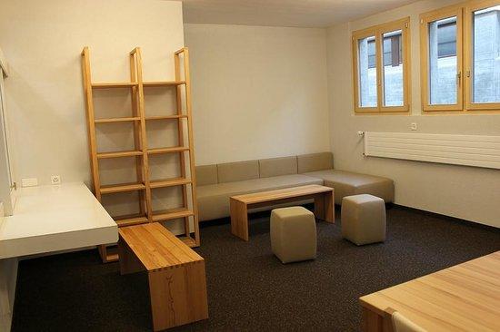 Fiesch Youth Hostel : Gemeinschaftsraum