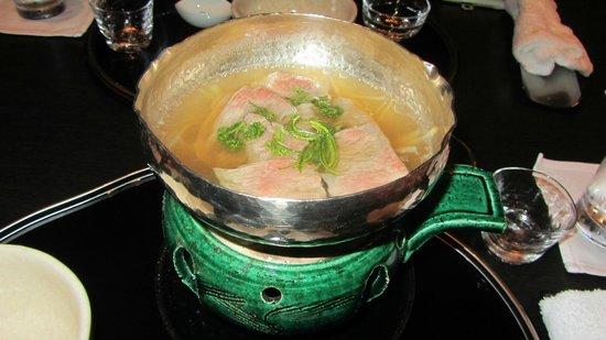 Nadaman Shangri La Hotel Tokyo: Shabu-shabu style dish
