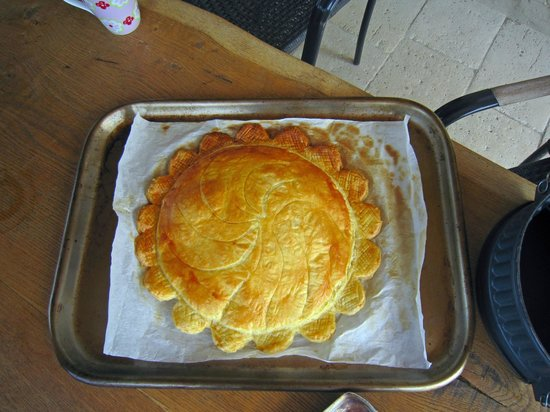 The Gascony French Cookery School: gateau pithivier