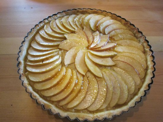 The Gascony French Cookery School: apple tart
