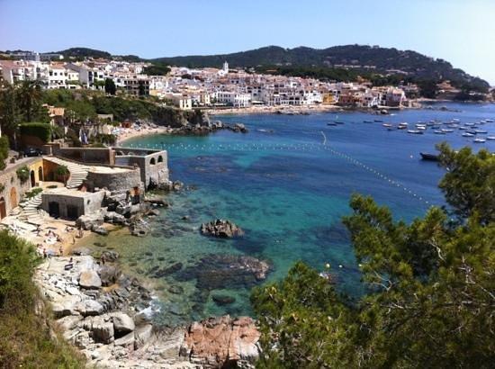 Hotel Mediterrani: hotel et Calella vue du Cami de Ronda
