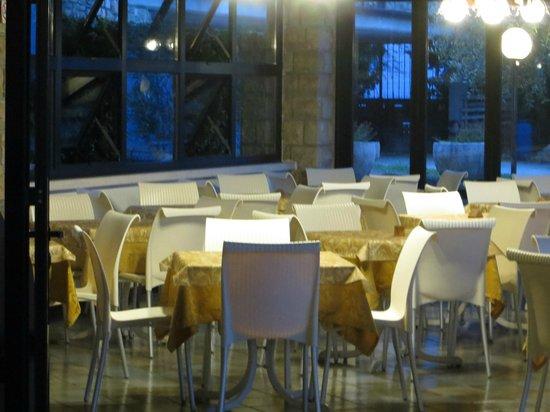 Paradiso: sono arrivate le nuove sedie....
