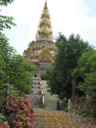 Wat Pha Sorn Kaew: Hauptpagode
