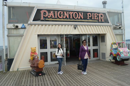 Paignton Pier: Entrance