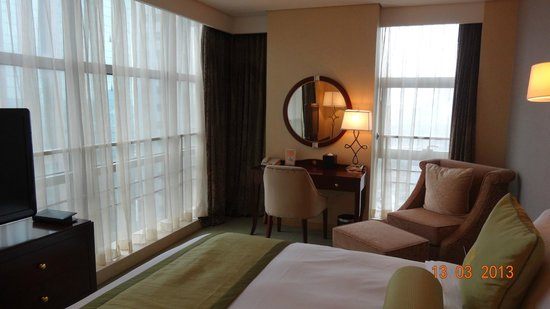 Regal Plaza Hotel and Residence: Bedroom