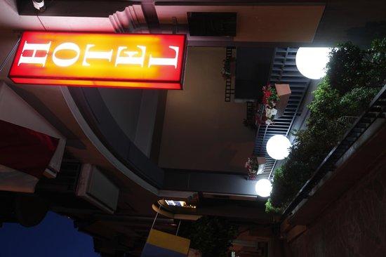 David Sultan Hotel: Hotel David SULTAN