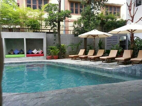 Rambutan Resort - Phnom Penh: beautiful pool.