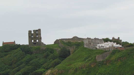Dolphin Guesthouse: Scarborough castle