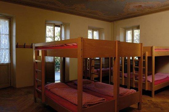 Jugendherberge Figino: Mehrbettzimmer