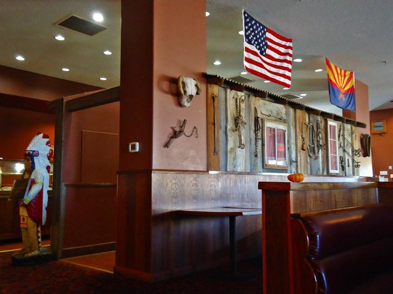 Ramada Williams/Grand Canyon Area : restaurant