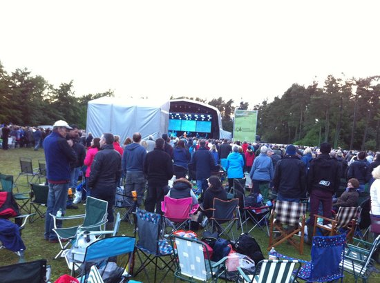Dalby Forest: Oh!!! there the stage is... can you see anyone?