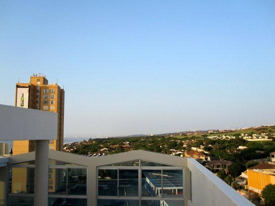 Protea Hotel by Marriott Durban Umhlanga: Aussicht vom Dach