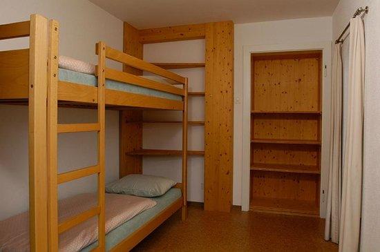 Jugendherberge Klosters: Mehrbettzimmer