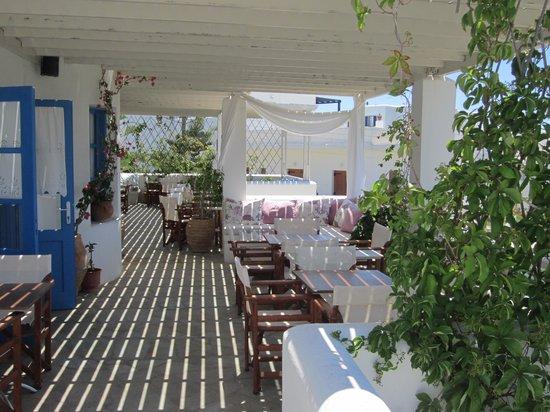 Aloni Hotel: Breakfast balcony