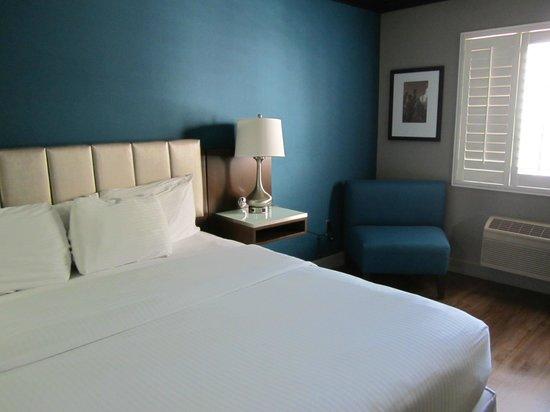 BLVD Hotel & Suites: Moderne inrichting