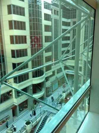 Novotel Melbourne on Collins: View from hotel room into Australian Shopping centre
