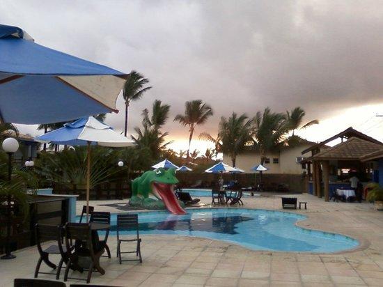 Sued's Plaza Hotel: Area de piscina do hotel
