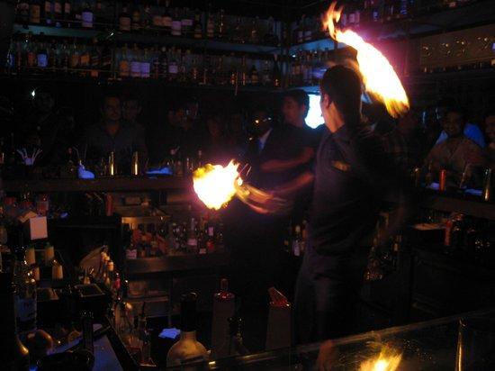 Vivanta by Taj - President, Mumbai: Just a regular night at the Wink Bar