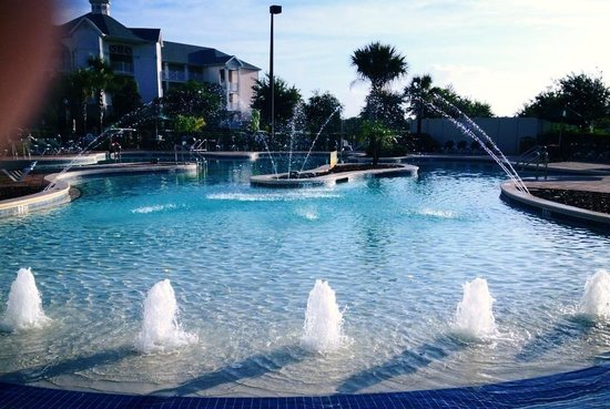 Summer Bay Orlando By Exploria Resorts: Peaceful Kahuna pool with zero entry great for babies & water features fun for the kids!