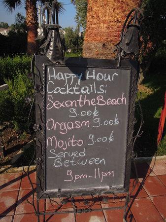 Rebin Beach Hotel: zicht vanuit restaurant